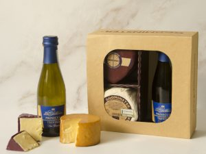 Godminster Prosecco and Cheese Gift Set with Heart-Shaped Vintage Organic Cheddar
