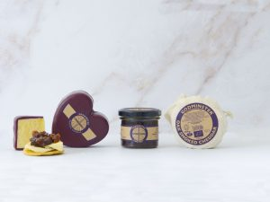 Godminster Heart- Shaped Cheddar and Chutney Collection