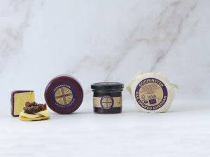Cheddar and Chutney Collection Gift Set