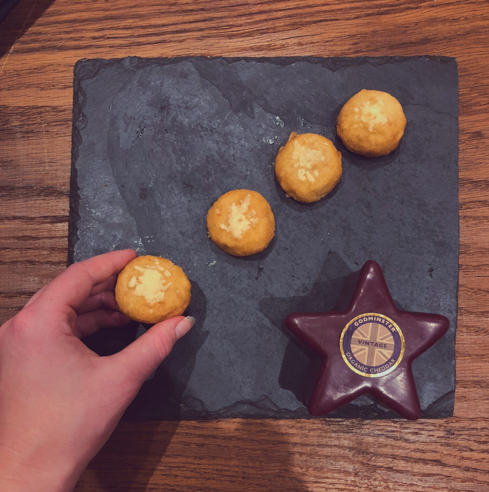 Godminster Chessy Cheddar Dough Balls