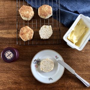Godminster Vintage Organic Cheddar Cheese Scones