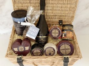Ultimate Hamper with Fizz