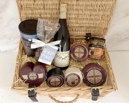 Ultimate Hamper with Red Wine