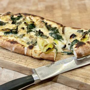 Godminster Black Pepper, Leek and Greens pizza